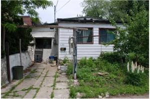 La maison de originale en été-seule-jpeg